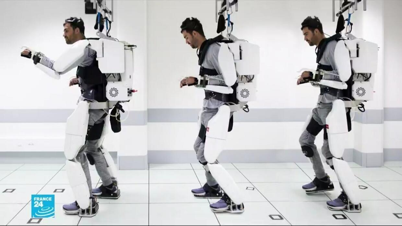 فرنسا: ابتكار يسمح للمصابين بالشلل بالحركة بواسطة هيكل اصطناعي يتحكمون فيه عبر الدماغ