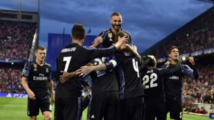 Le Real Madrid a tremblé mais est parvenu à contenir l'Atletico à Vicente Calderon.