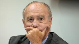 Henri Joyeux, alors président de la Fédération Nationale Familles de France, lors d'une conférence de presse à Paris le 17 Août  2010.