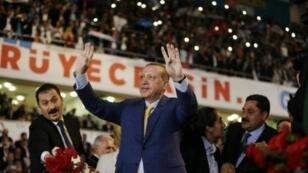 الرئيس التركي رجب طيب أردوغان في مؤتمر حزب العدالة والتنمية في انقرة في 21 أيار/مايو 2017