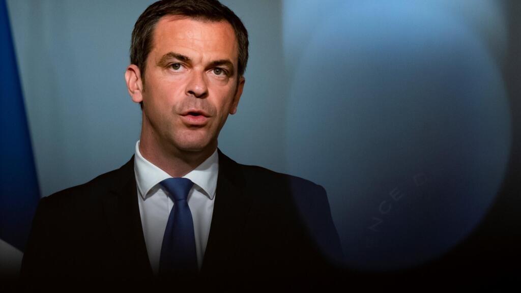 Chloroquine : Olivier Véran demande une révision des règles de prescription en France