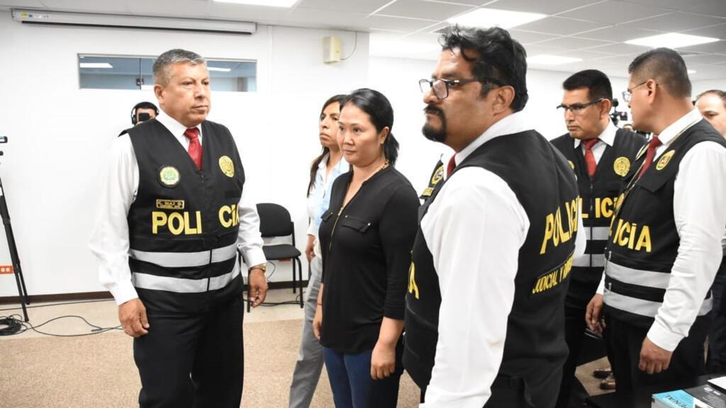 Fujimori fue recluida el último miércoles tras la orden que dictó el juez Víctor Zúñiga Urday. La defensa legal de la excandidata presidencial informó que agotarán todas las vías jurídicas nacionales e internacionales para revocar la medida.