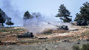 Des chars turcs ont bombardé les environs de Kilic près de la frontière avec la Syrie, le 16 février 2016.