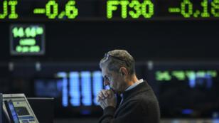 Le peso argentin tout comme l'indice de la Bourse de Buenos Aires ont connu de fortes baisses.