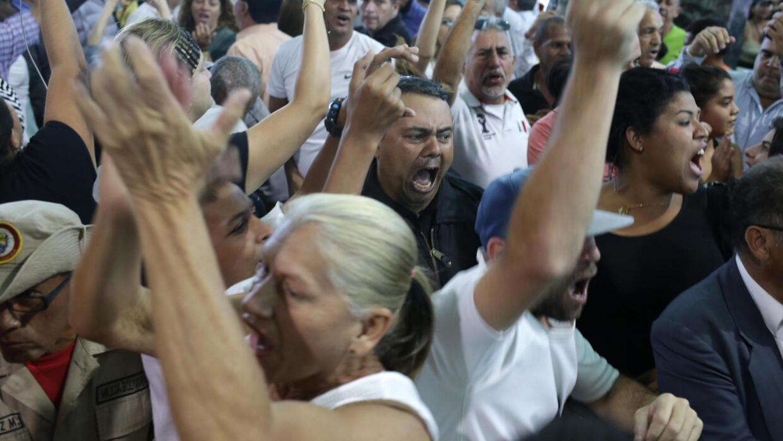 L'opposant vénézuélien Juan Guaido de retour à Caracas sous les huées