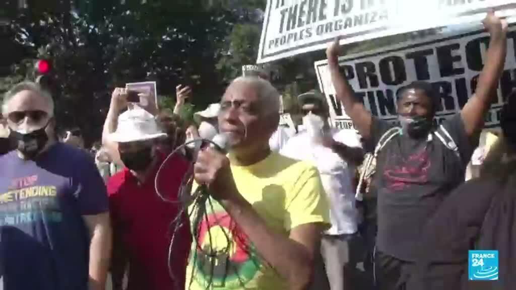 2021-08-29 14:42 EE. UU.: en protestas ciudadanos exigen que el Gobierno proteja el derecho al voto