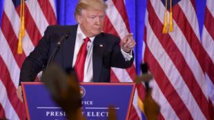 Donald Trump s'exprime pour la première fois, mercredi 11 janvier 2017, en conférence de presse depuis son élection.