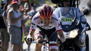 Le Néerlandais Bauke Mollema (Trek), vainqueur de la 15e étape du Tour de France entre Laissac-Severac l'Eglise et Le Puy-en-Velay, le 16 juillet 2017.