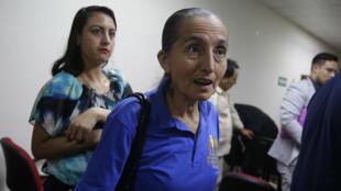 Dorila Márquez, sobreviviente de la masacre de El Mozote, asiste a una audiencia en San Salvador, El Salvador, el 1 de noviembre de 2019.