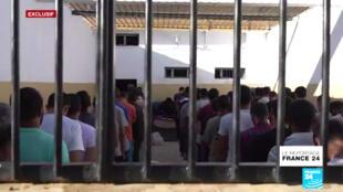 Plusieurs centaines d'islamistes radicaux, capturés entre 2014 et 2019 dans l'est de la Libye, sont détenus dans la prison.