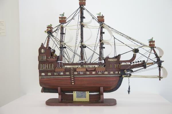 """""""Giant"""", une maquette de bateau créée par Moath Al-Alwi."""