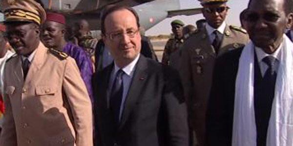 فرنسا: فرانسوا هولاند في زيارة مفاجأة إلى مالي برفقة ديانكوندا تراوري