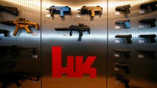 Imagen de archivo. Armas de Heckler & Koch, expuestas en la sede de la empresa en Stuttgart, Alemania, el 8 de mayo de 2015.