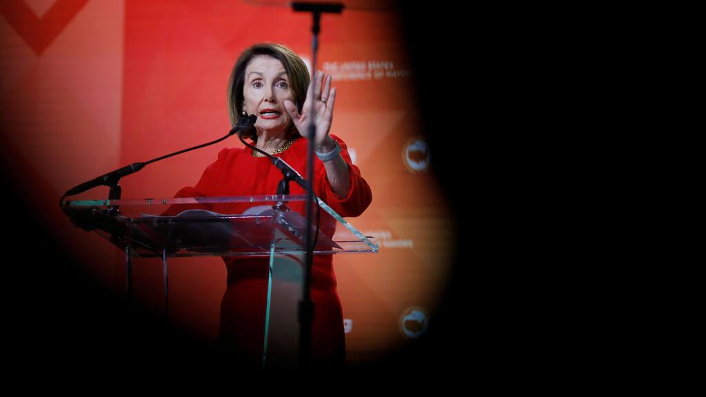 La presidenta de la Cámara de Estados Unidos, Nancy Pelosi, se dirige a la 87ª Reunión de Invierno de la Conferencia de Alcaldes de Estados Unidos en Washington, EE. UU., el 23 de enero de 2019.