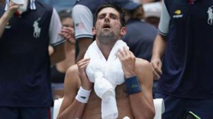 """Novak Djokovic, en """"mode survie""""."""