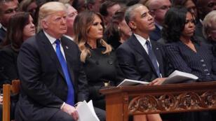 Donald Trump, Melania Trump, l'ancien président Barack Obama et Michelle Obama assistent aux funérailles de George H.W. Bush, le 5 décembre 2018.