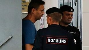 نافالني في مركز للشرطة بموسكو. في 25 تموز/يوليو 2018.