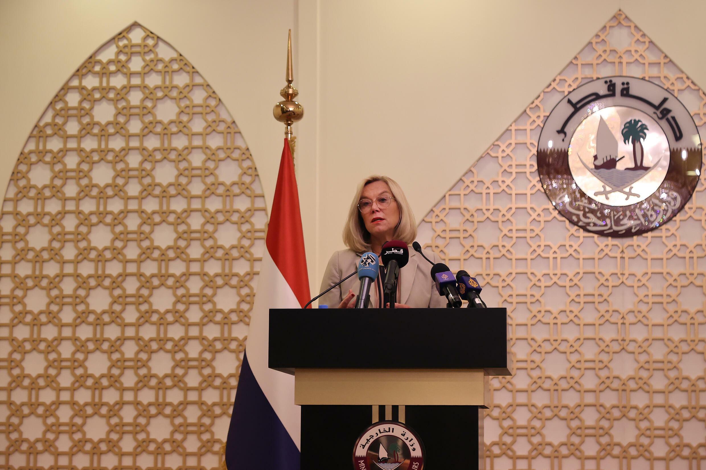 وزيرة الخارجية الهولندية سيغريد كاغ تعقد مؤتمرا صحافيا في الدوحة حول الأزمة في أفغانستان في 1 أيلول/سبتمبر 2021.