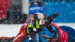 Le relais français dames a décroché une belle médaille de bronze en biathlon.