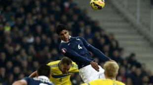 Raphaël Varane, le capitaine des Bleus, a délivré son équipe en fin de match.
