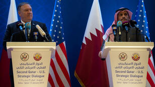 وزير الخارجية الأمريكي مايك بومبيو مع نظيره القطري محمد بن عبد الرحمن آل ثاني في الدوحة. 13 يناير/كانون الثاني 2019.