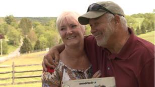 Nick et Bobbi sur le site du festival de Woodstock, 50ans après.
