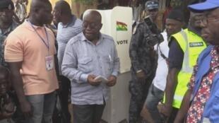 Au Ghana, le président Nana Akufo-Addo réélu