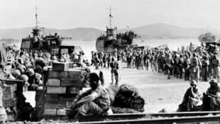 صورة التقطت في أغسطس/آب 1944 لإنزال قوات التحالف في سان تروبيه (جنوب)