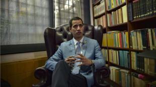 Juan Guaido lors d'un entretien avec l'AFP à Caracas, le 9 février 2019.
