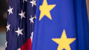 علما الاتحاد الأوروبي والولايات المتحدة في وزارة الخارجية الأميركية في واشنطن في 7 شباط/فبراير 2020