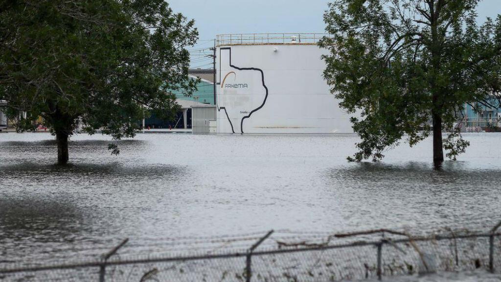 L'usine Arkema de Crosby, où les explosions ont eu lieu, produit du péroxyde organique
