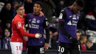 Les joueurs toulousains dépités, à l'issue de leur revers à domicile devant Brest, le 11 janvier 2020 au Stadium