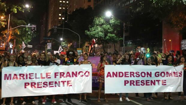 Una multitud se concentró en el centro de Río de Janeiro para rechazar el asesinato de la concejal Marielle Franco.