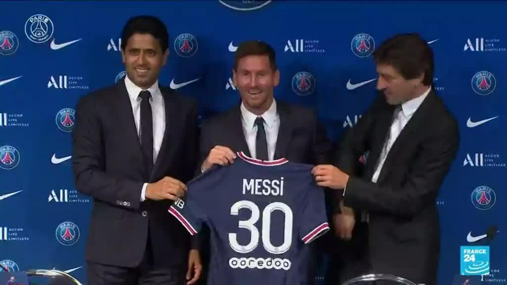 2021-08-11 22:07 El Paris Saint-Germain presentó a Lionel Messi como su gran adquisición