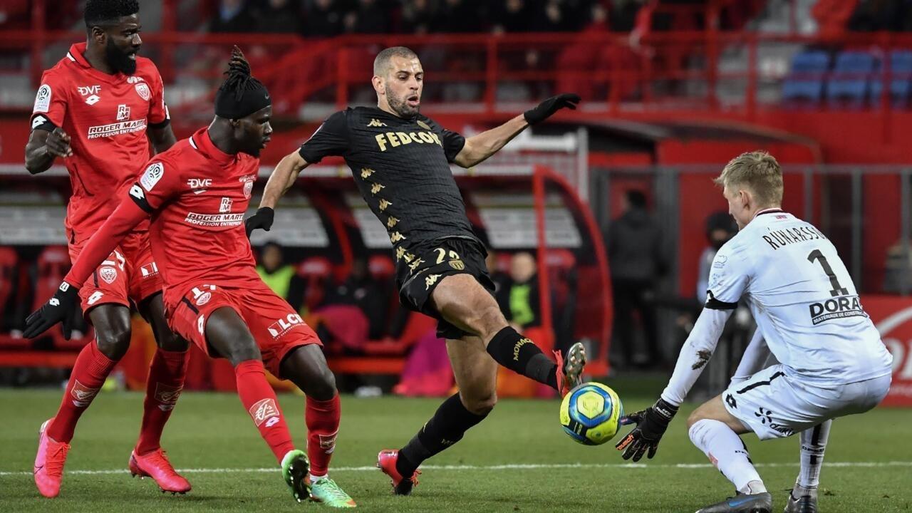 كرة القدم: الجزائري الدولي إسلام سليماني ينضم إلى أولمبيك ليون الذي يعير ديمبلي إلى أتليتيكو