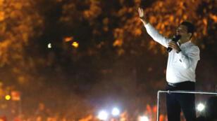 Ekrem Imamoglu, candidat du parti d'opposition (CHP), face à la foule à Istanbul après sa victoire, le 23 juin 2019.