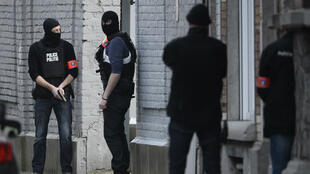 L'opération de police a été déclenchée en début d'après-midi, mardi 15 mars 2016, après qu'une perquisition a mal tourné rue du Dries, dans la commune bruxelloise de Forest.