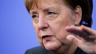 Merkel more lockdown