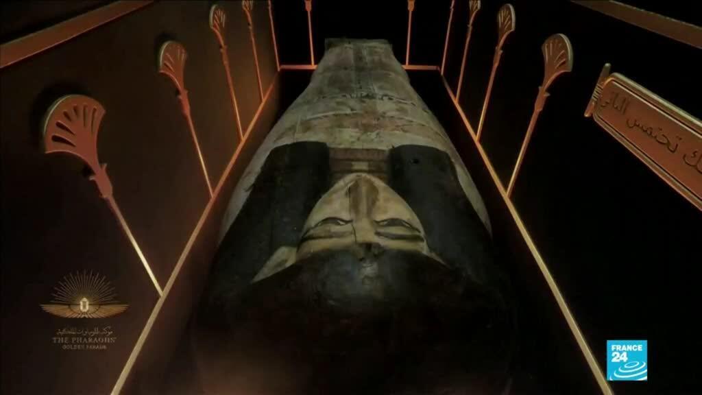 2021-04-04 14:42 Egipto: 22 momias fueron trasladadas al recién remodelado Museo de la Civilización Egipcia
