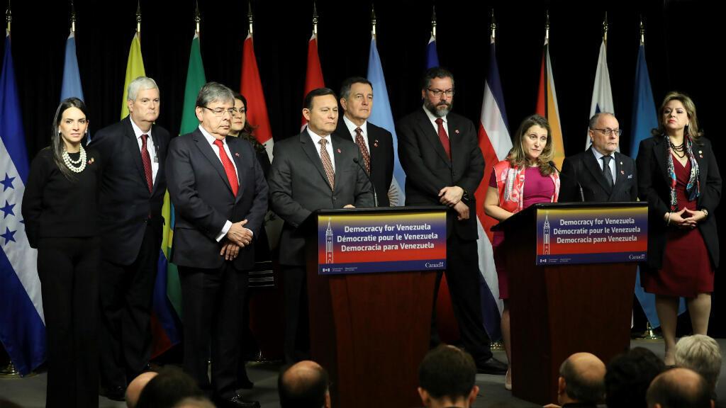 La Ministra de Relaciones Exteriores de Canadá, Chrystia Freeland, habla durante la conferencia de prensa de clausura en la reunión del Grupo de Lima en Ottawa, Canadá, el 4 de febrero de 2019.