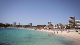 La playa de Magaluf, en la localidad española de Calvià, en la isla de Mallorca, el 8 de julio de 2020