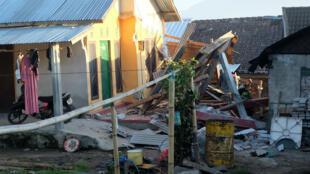 Una de las estructuras afectadas en Lombok, Indonesia, tras el sismo del 29 de julio de 2018.
