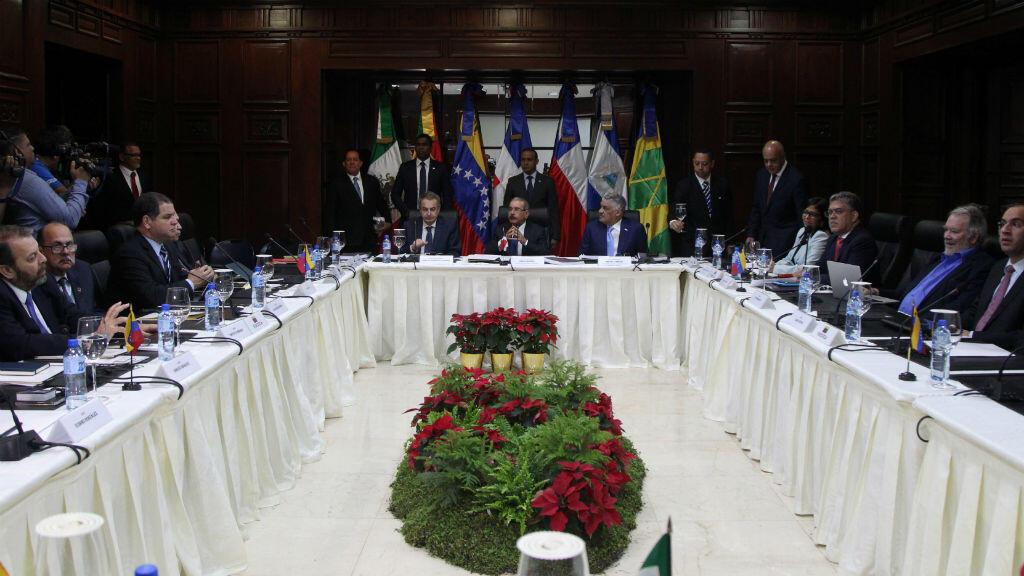 El Gobierno venezolano y la oposición se reunieron por segundo día consecutivo en República Dominicana este 2 de diciembre.