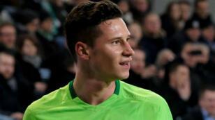 Le milieu de terrain de Wolfsburg Julian Draxler a été recruté par le PSG.