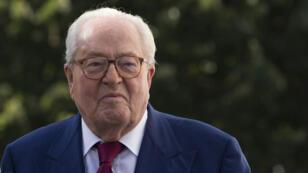 Jean-Marie Le Pen est visé par une enquête portant sur des faits présumés de blanchiment de fraude fiscale et d'omission de déclaration de patrimoine.