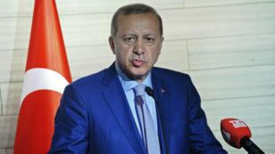 Le président turc Recep Tayyip Erdogan, vendredi 3 juin 2016, lors d'une conférence de presse à Mogadiscio, en Somalie.