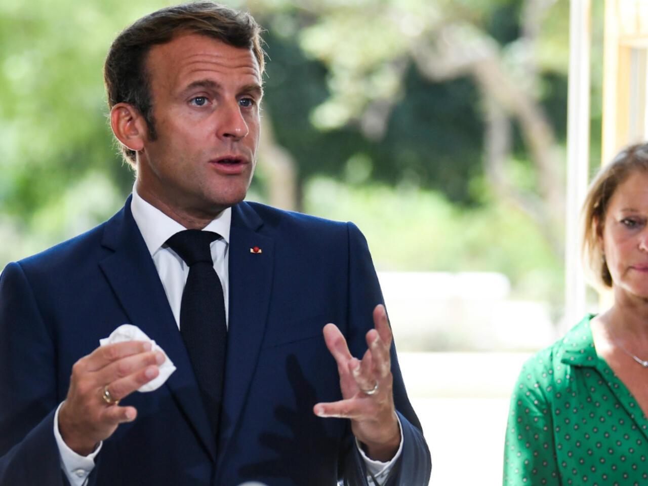 Emmanuel Macron veut étendre la prime Covid aux aides à domicile
