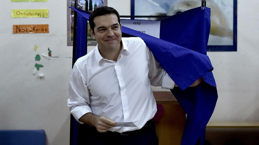 Le leader de Syriza, Alexis Tsipras, s'est rendu dans un bureau de vote d'Athènes, le 20 septembre 2015.