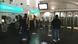métro Saint-Ouen 6