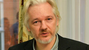 Julian Assange lors d'une conférence de presse à l'ambassade londonienne de l'Équateur en octobre 2014.